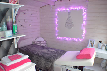 beauty salon log cabin