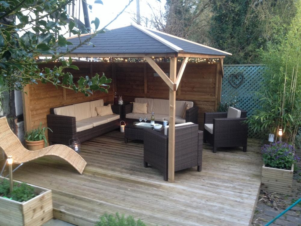 Gazebos wooden open heavy duty garden square bbq shelter for Hot tub shelters